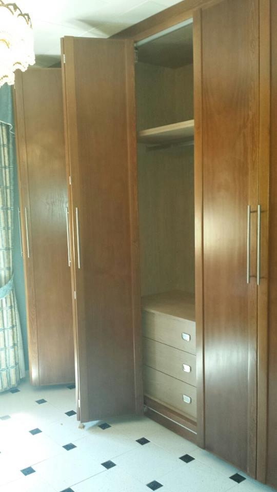 Carpinter a familia murcia armario de puertas plegables - Armario puertas plegables ...
