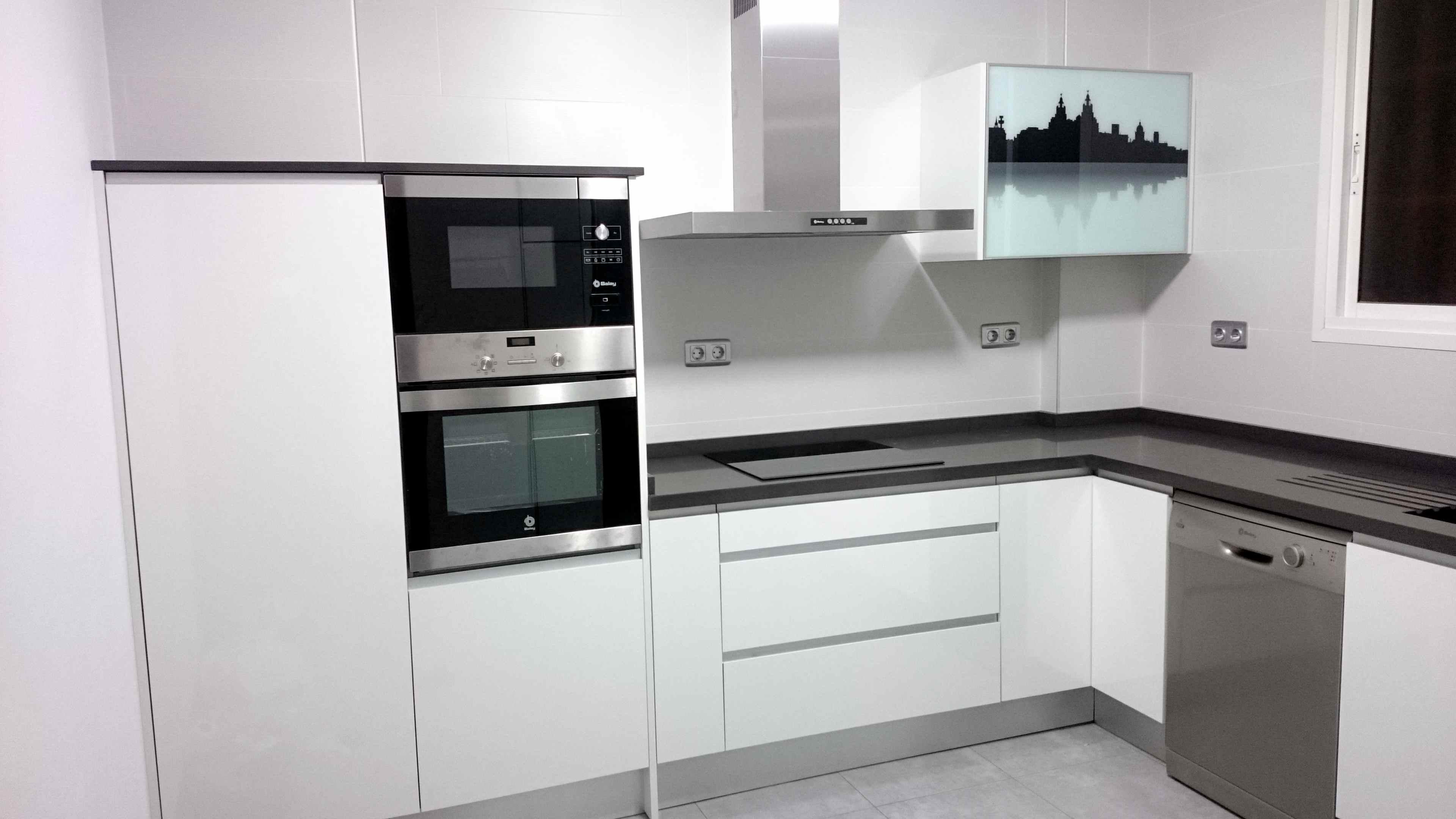 Cocinas blancas con silestone elegant nuevo cocina blanca for Cocinas de silestone